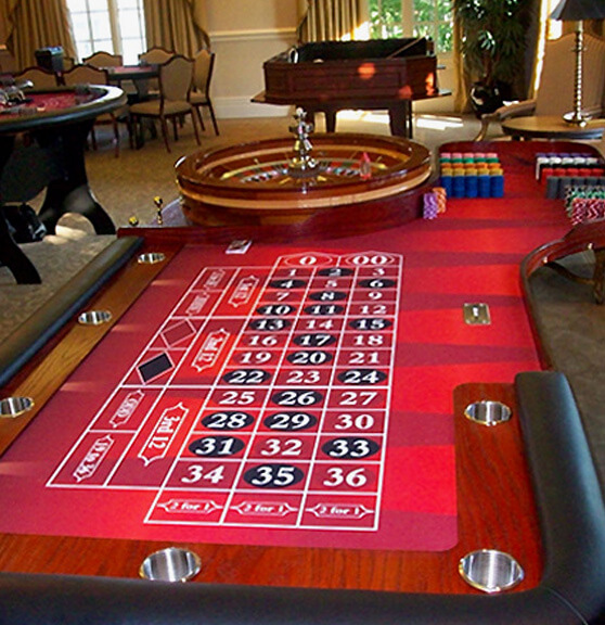 Florida casino party roulette table